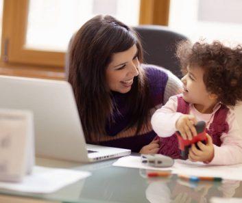 como-voltar-para-o-mercado-de-trabalho-apos-a-maternidade.jpeg