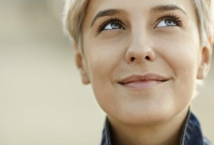 4-beneficios-dos-pensamentos-positivos-que-voce-precisa-conhecer.jpeg